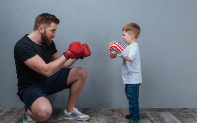 Darum sollten Kinder kämpfen, raufen und rangeln